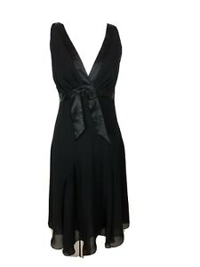 Tokito Ladies Size 8 Black V Neck Formal Dress Excellent As New Condition