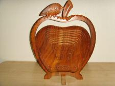 Basket Apple Shape