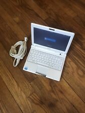 ASUS Eee PC 900 Netbook Laptop Computer with Power Adapter (2 GB RAM, White)