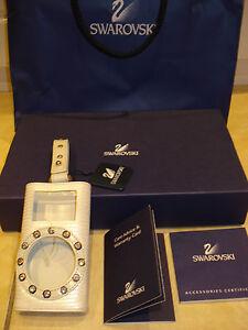 BNIB SWAROVSKI CRYSTAL AND WHITE LEATHER Ipod Nano Case