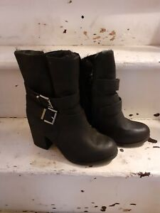 Block heel black ankle boots size 4 wide fit chunky fur buckles girls ladies