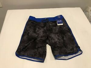 NWT $55.00 Huk Mens Fishing Board Shorts Subphantis Night Vision Sz 34