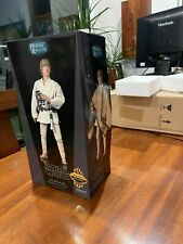 Sideshow Collectibles Star Wars Sixth Scale Luke Skywalker - Tatooine Exclusive