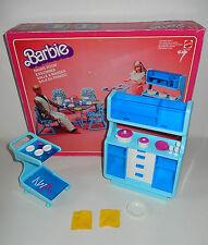 Boite décor Dining room Salle à manger poupée BARBIE MATTEL Vintage 1978