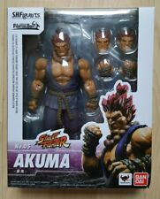 Street Fighter Akuma SH Figuarts Action-Figur Neu