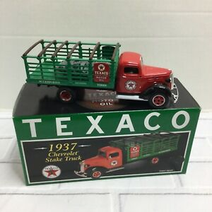 """NEW FIRST GEAR 1937 CHEVROLET STAKE TRUCK """"TEXACO CLEAN CLEAR OIL"""" 19-2599"""