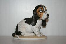 Homco Masterpiece Beagle Dog Puppy Figurine Hand Painted Bisque Porcelain
