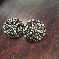 Round Silver Filigree Shank Buttons W Floral Motif Indian Boho 21 Mm