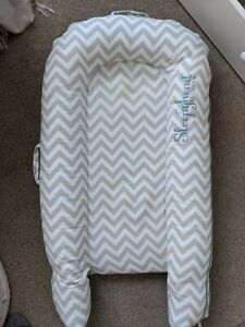 Sleepyhead Deluxe Plus Pod. 0-8 Months. Excellent Condition in Bag