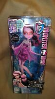 Monster High Haunted Getting Ghostly Draculaura doll Ever After High