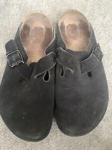 Women's Birkenstock Boston black suede buckle soft footbed clogs size 7 R / 38