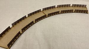 TR19a 00/HO Gauge Curved Railway Bridge Model Kit B (1 Section). Train Scenery