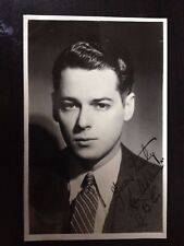 LES ALLEN - BIG BAND SINGER - SIGNED B/W VINTAGE PHOTOGRAPH - VERY YOUNG