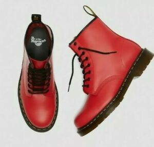 NEW IN BOX! Dr Martens 1460 Unisex Ankle Boots Satchel Red Size UK 8