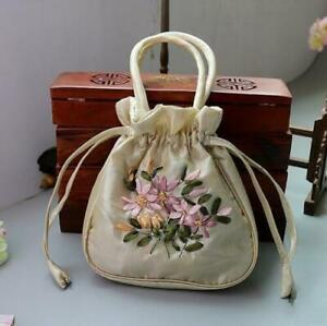 Fashion beautiful Chinese Handmade Embroider Silk Bag Wristlet Womens G#
