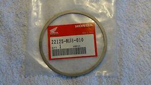 Honda Kupplungs Sprengring für CA125 Rebel NX125 VF500  22125-MJ8-010 NEU