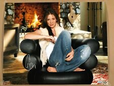 """UDA Upper Deck Authenticated Evangeline Lilly Autographed """"Cool & Comfy"""" 16X20"""