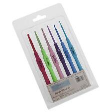 6 Piece Colour Crochet Hook Set Aluminium / Plastic Sizes 2.5mm - 5.0mm 697602