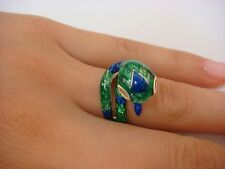14K SOLID YELLOW GOLD WITH GREEN AND BLUE ENAMEL VINTAGE SNAKE RING 8.5 GRAMS