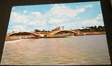 Dominican Republic Santo Domingo Lago artificial en el Paseo de los Indios 886 L
