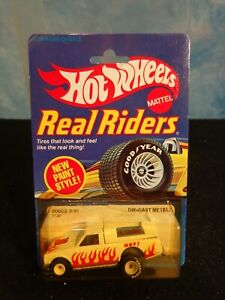 Hot Wheels Real Riders White Dodge D-50 #9540 In BP From 1982 (White Hubs)