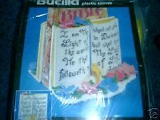 BIBLE HOLDER/BOOKENDS  KIT IN PLASTIC CANVAS