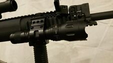 Very Bright 750 Lumen CREE LED Tactical Flashlight uses surefire cr123 batteries