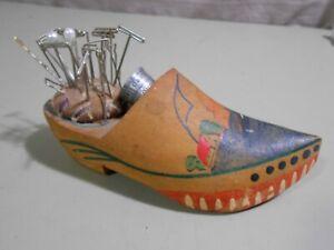 Vintage Pin Cushion Wooden Shoe w/ Florida Thimble