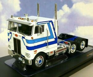 IXO DIECAST 1/43 1979 PETERBILT 352 PACEMAKER TRUCK/TRACTOR/CAB WHITE/BLUE TR065