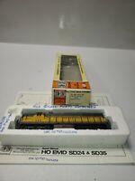 Vintage HO SCALE CON-COR UNION PACIFIC EMD SD-24 HH #448 LOCOMOTIVE # 0015-1051