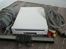 Console Nintendo Wii Blanche avec câbles sans wiimote, bien lire l'annonce svp