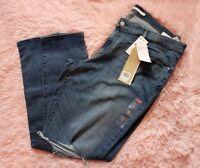 Levis 711 Vintage Soft Stretch Skinny Distressed Size 22W MSRP 54.50 NWT