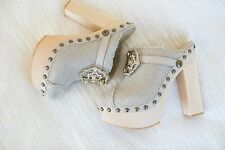 BRAND NEW CHANEL Beige Platform CLOGS Mules with beautiful details