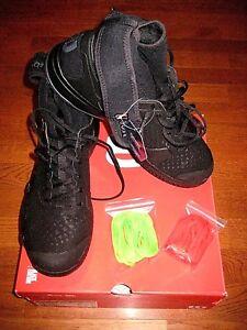 Wilson Amplifeel Tennis Shoes - Unisex - Black/Black/Ebony  WRS324200