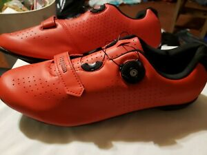 Brand New Red Vceyhim Biking Shoes Size 10.5