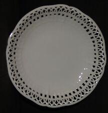 Berlin - Assiette ajourée en porcelaine allemande. XIXe s.