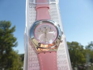 New in Case Ladies Swatch Wrist Watch Pink  Dial and Band AG 2002 Beautiful