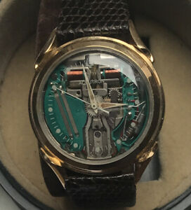 1960's BULOVA ACCUTRON Spaceview Solid 14K Gold Gents Watch & Boxed