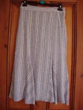 Wallis Size Petite Calf Length Skirt for Women