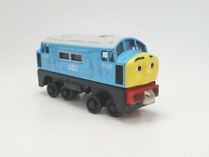 Thomas & Friends Engine Take n Play Diecast Metal D199 2008