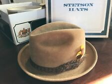 Vintage Stetson Charger Sovereign Wool Camel Fedora Hat w Orig Box Size 7 Tan