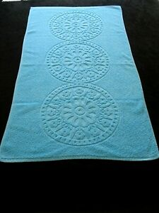VINTAGE COLLECTABLE TURQUOISE PATTERNED TOWELING HAND TOWEL BN  40s- 50s