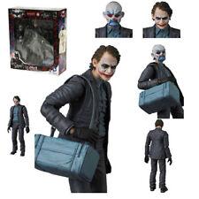 The Joker DC Comics Mafex NO 015 Batman Dark Knight Medicom Action Figures Toy