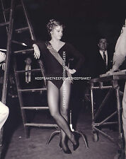 DANCER-ACTRESS JULIET PROWSE BEAUTIFUL LEGGY 8x10 PHOTO A-JPROW1
