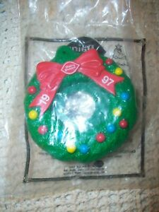 NIP 1997 Dairy Queen Holiday Christmas Wreath Collectible Kids Meal Promotion