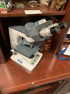 AMERICAN OPTICAL ONE TEN MICROSTAR MICROSCOPE W/ OBJECTIVES & 10X EYEPIECES