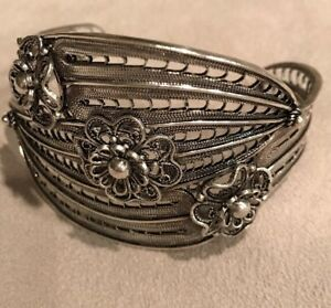 New QVC SoldOut Artisan Crafted Sterling Silver Graduated Cuff Women Bracelet
