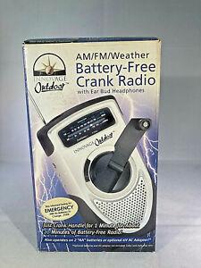 Innovage Outdoor AM FM Weather Radio Battery-Free Crank w Ear Bud Headphones new