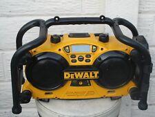 Dewalt DC011  240V Builders Site Radio FM/AM & Battery Charger  - WORKING FINE