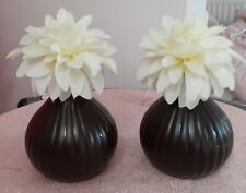 2 DECORATIVE CERAMIC BROWN BUD VASES WITH FLOWERS  6 X 5 INCHES